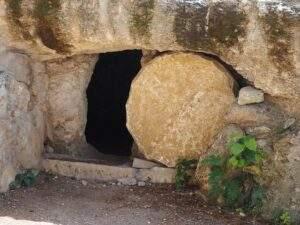 Prázdný Kristův hrob
